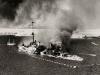 """""""San Giorgio"""" płonie w Tobruku"""