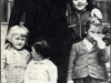 Benito Mussolini z potomstwem